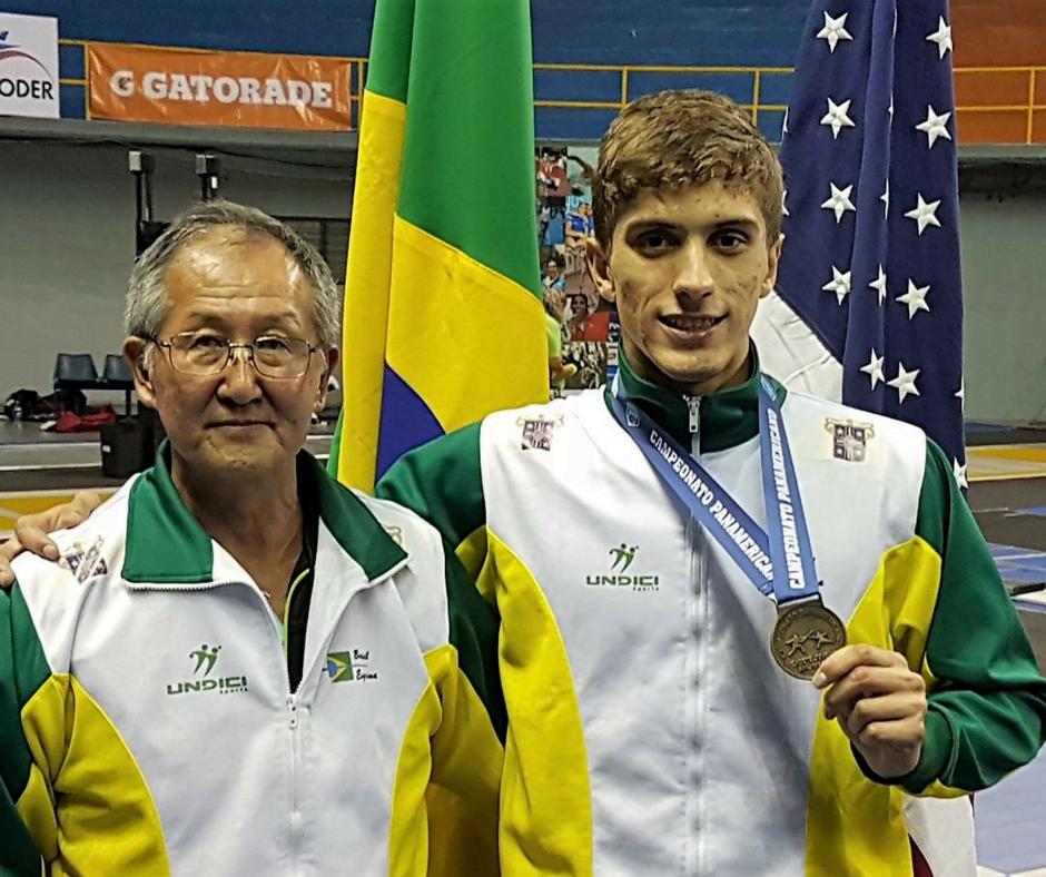 É campeão!  Alexandre Camargo conquista o ouro no Pan-americano.