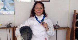 #TôNaPista – A engenheira química que encontrou na esgrima uma forma