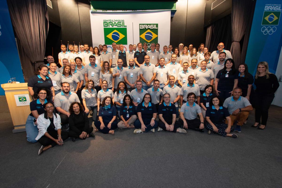 Gerente de esportes da CBE conclui Curso Avançado de Gestão Esportiva no Comitê Olímpico do Brasil
