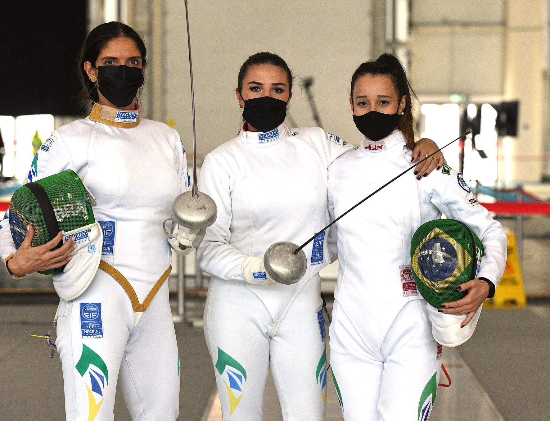No encerramento da participação na Copa do Mundo, Brasil faz confronto equilibrado com Egito e perde por dois toques
