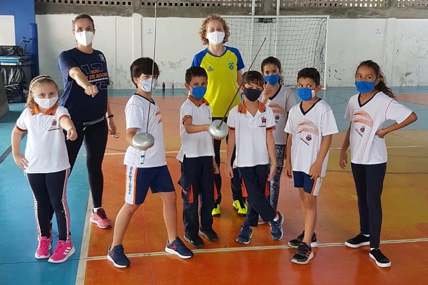 Pentatleta Yane Marques concretiza sonho de dar aulas de esgrima em Pernambuco