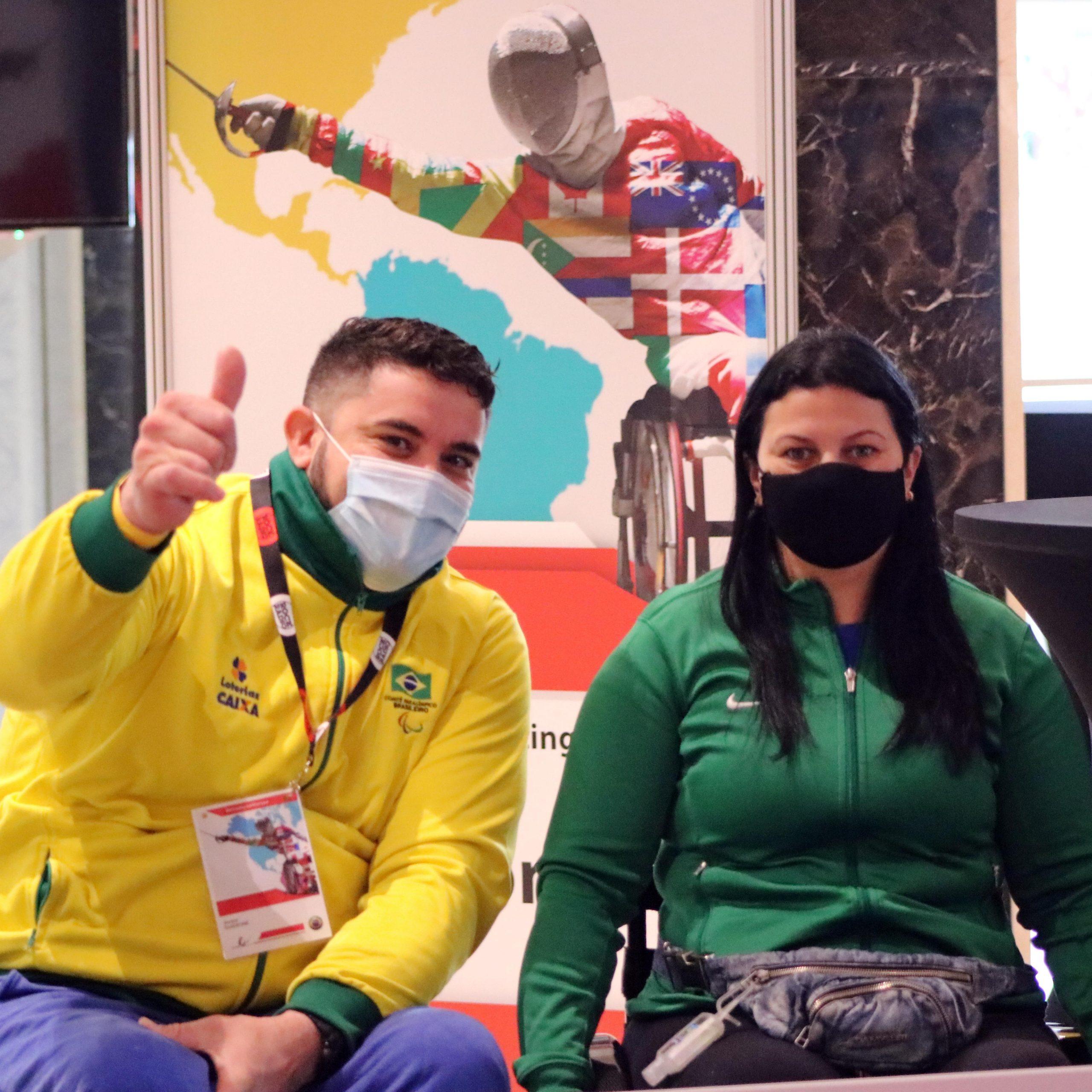 Jovane Guissone fica em quinto e Mônica Santos termina entre as dez no último dia de participação na Copa do Mundo de Esgrima em Cadeira de Rodas