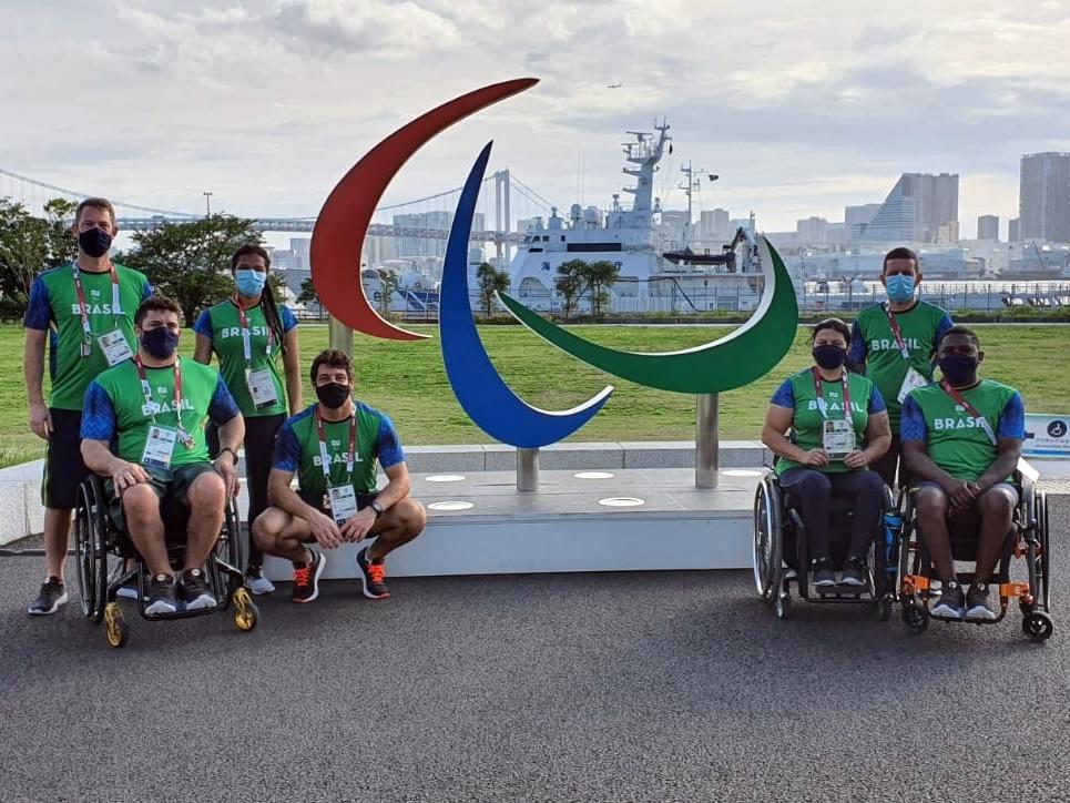 Esgrimistas brasileiros estreiam nos Jogos Paralímpicos a partir desta terça-feira